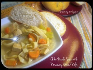 chikn-noodle-soup-with-rosemary-bread-rolls-9