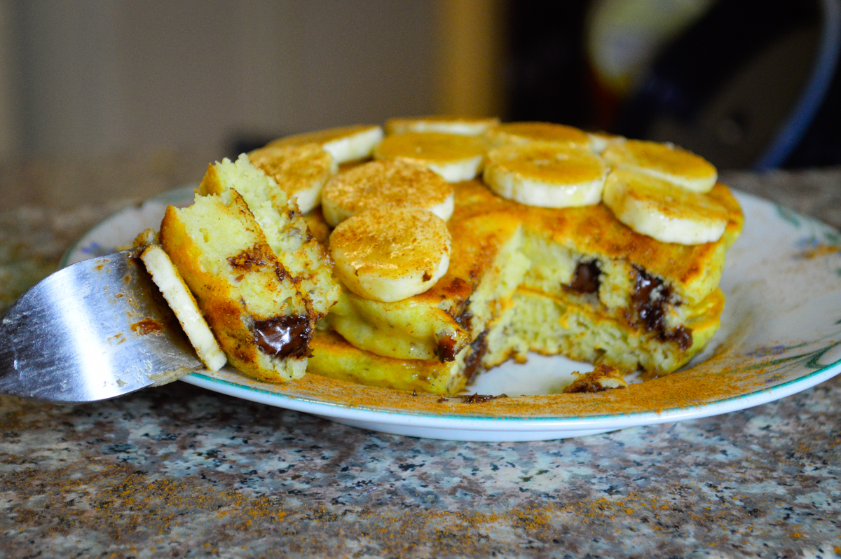 chocolate chip pancakes with cinnamon and bananas